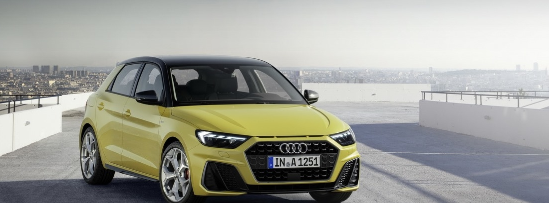 Nuevo Audi A1 Sportback 5 puertas en color amarillo