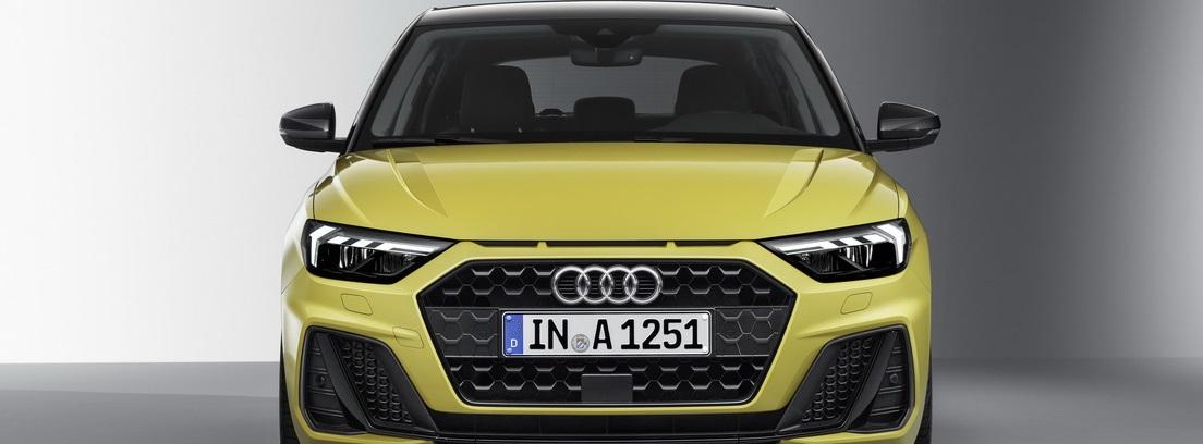 Delantera del nuevo Audi A1 en color amarillo