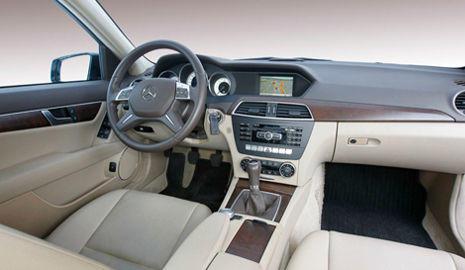 Interior Mercedes C 200 CDI