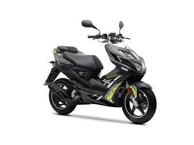 Scooter Yamaha Aerox R Naked 2013