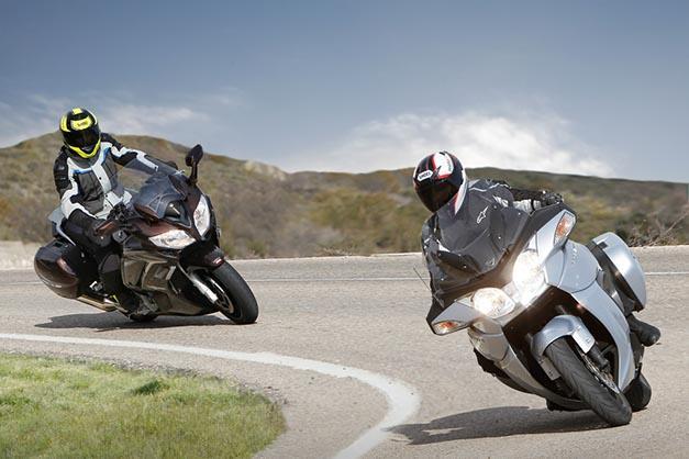 Yamaha FJR1300 y Triumph Trophy