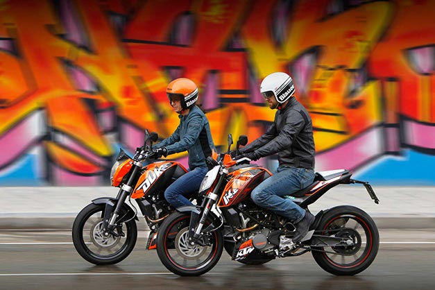KTM 125 Duke vs KTM 200 Duke