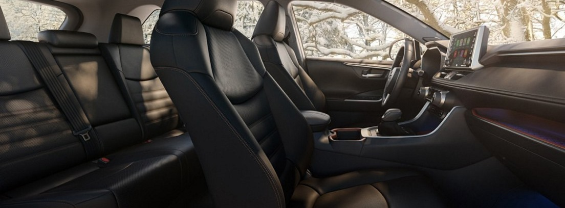 Interior del nuevo Toyota RAV4