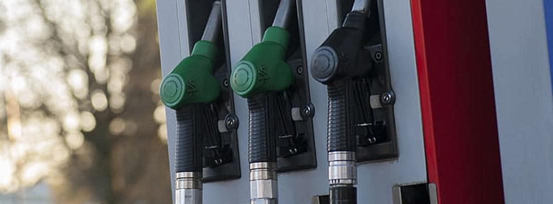 Surtidor con gasolina 95 y 98