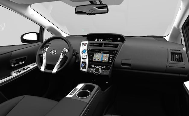 Interior Toyota Prius+ 2015