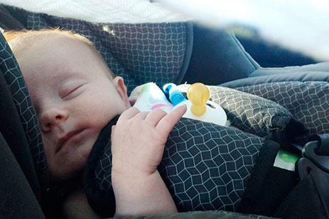 complementos que mejoran la seguridad bebé durmiendo