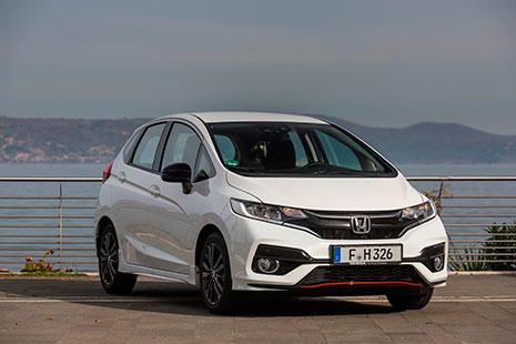 Imagen del nuevo Honda Jazz Dynamic 2018 de color blanco.