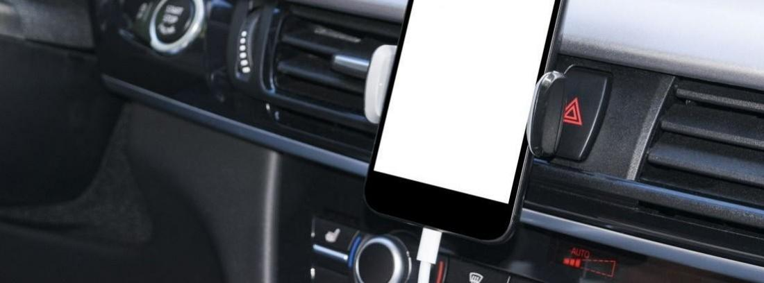 Accesorios de coche para conectar con tu Smartphone