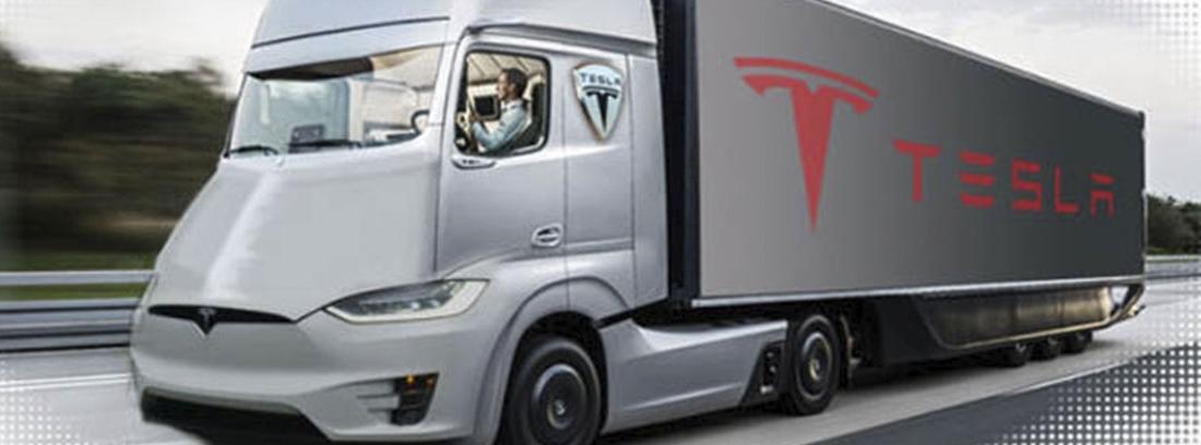 Camión eléctrico de Tesla de color gris.