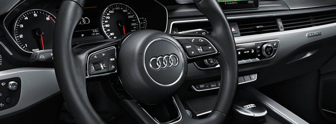 Interior de un Audi A4 nuevo