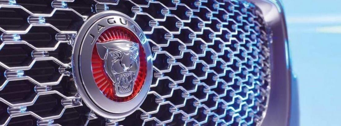 coche jaguar xe sv project 8