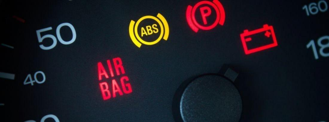 ¿Cómo frenar sin ABS?