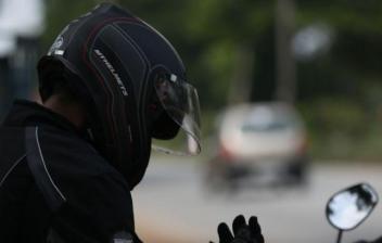 como limpiar el interior de un casco