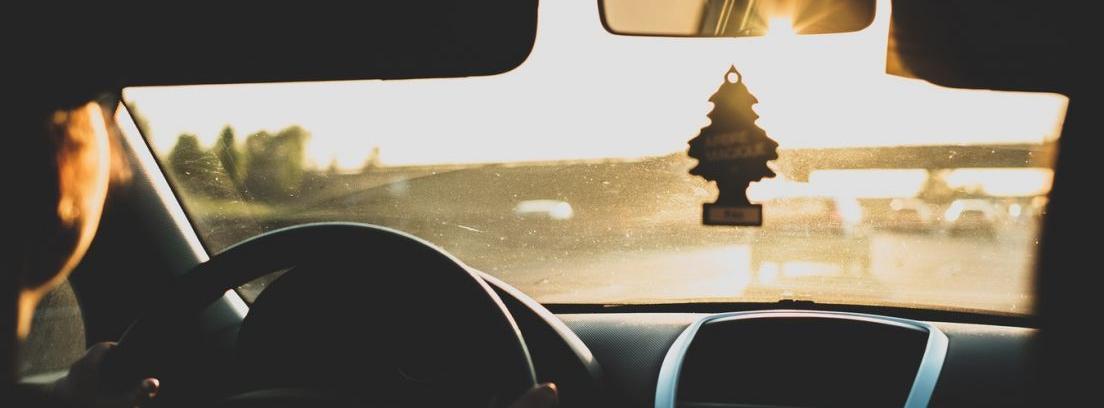 Trucos para eliminar el mal olor del coche - Como eliminar los malos olores ...