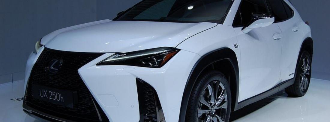 Comparativa Lexus UX-Mercedes GLA
