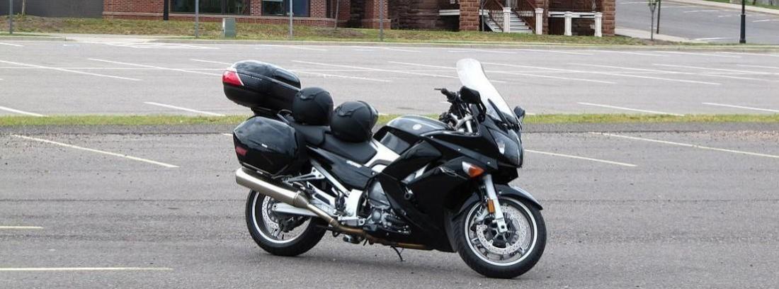 Triumph Trophy y Yamaha FJR1300