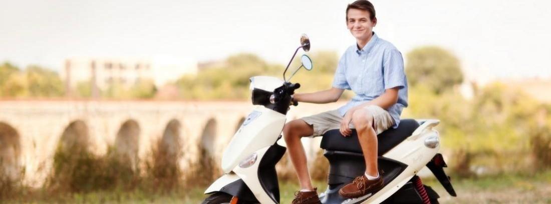 Consejos para comprar un ciclomotor a nuestro hijo