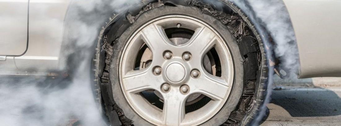 neumático reventado