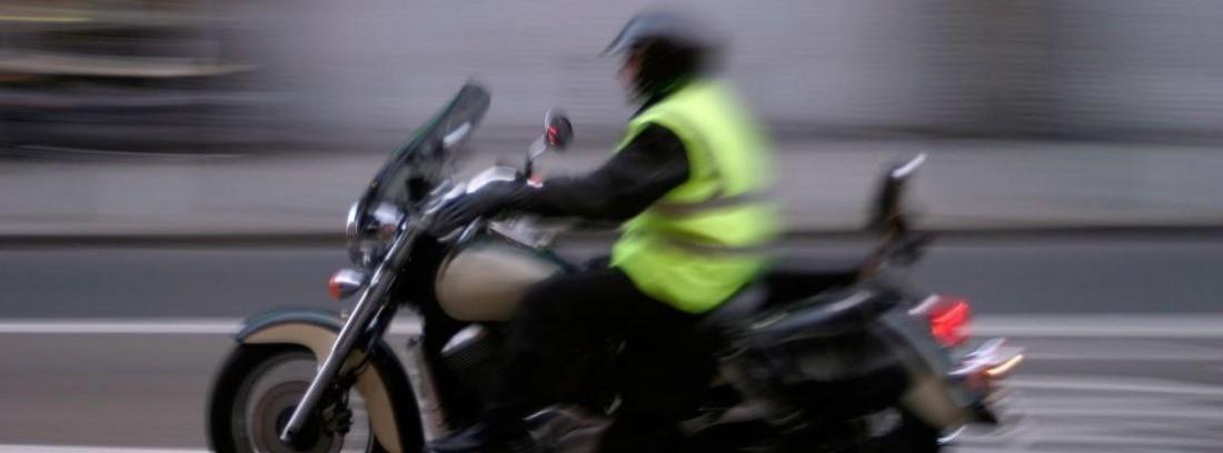 En Francia será obligatorio el chaleco reflectante para motos