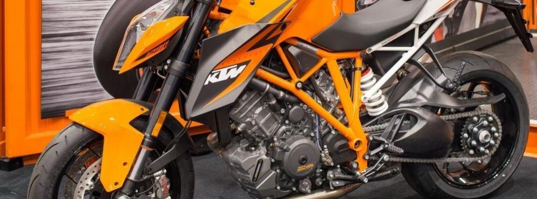 KTM 1290 Super Duke R 2014