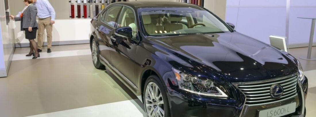 El Lexus LS 600hL con conducción automatizada de Toyota