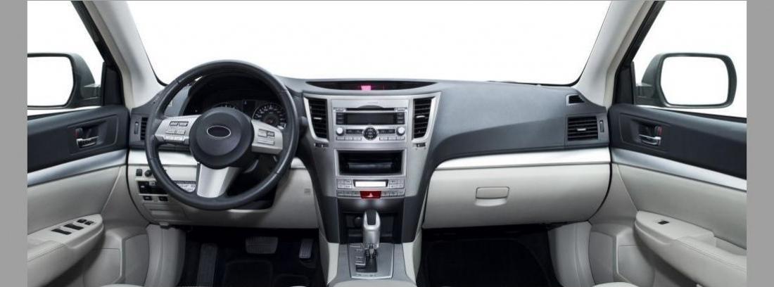 Interior de coche climatizado