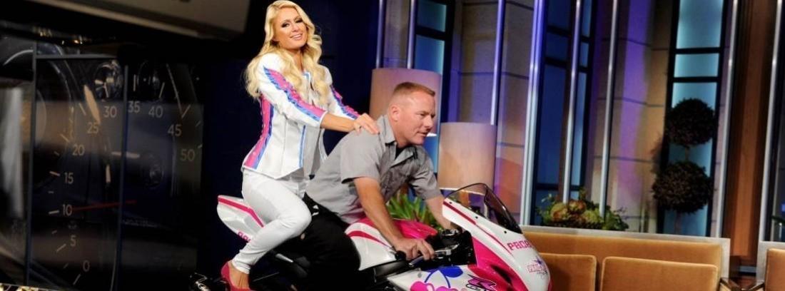 Paris Hilton subasta moto