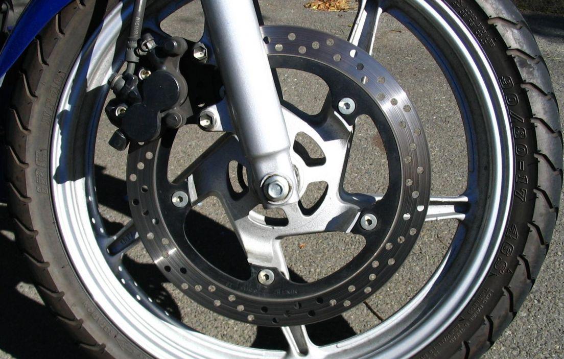 bbe1c4555ce La seguridad en los frenos de moto -canalMOTOR