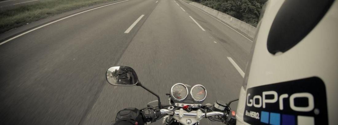 Las mejores rutas en moto para otoño