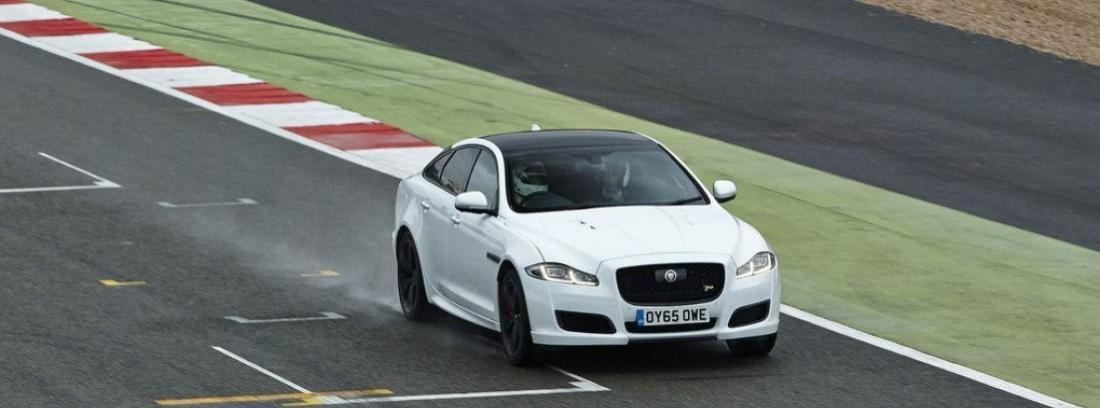 Jaguar XJR 5.0 Supercharged DE Jason Statham