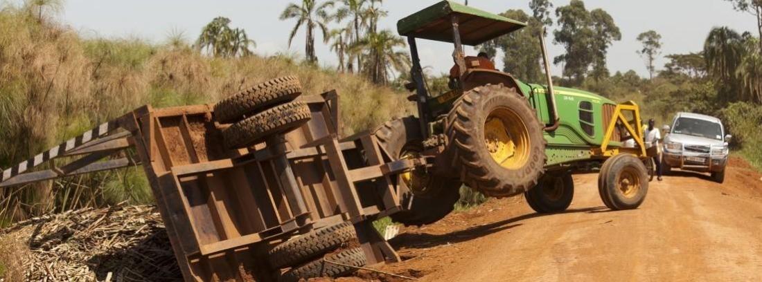 Los tractores son los vehículos que más accidentes con daños personales provocan