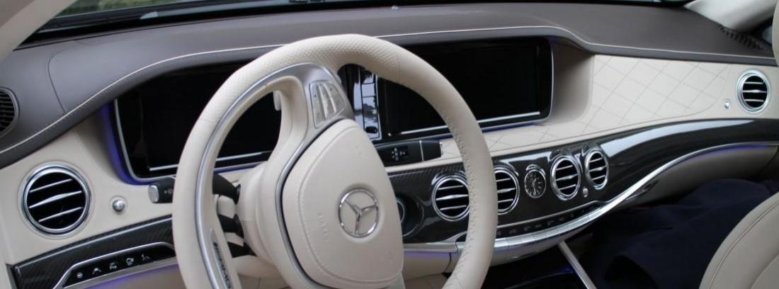 Mercedes-Benz E 300 Blue TEC HYBRID
