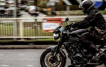 Mochila de pierna para ir en moto