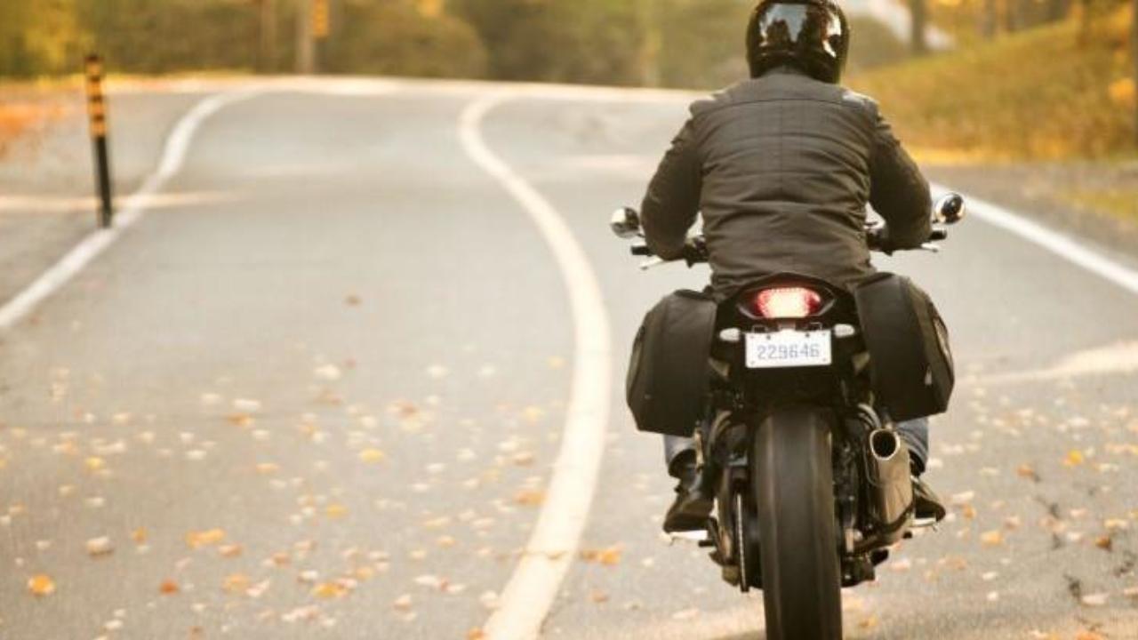 Resultado de imagen para desacelerar en moto