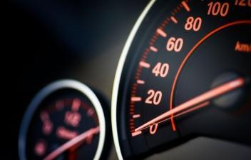 Qué es el limitador de velocidad y cómo funciona