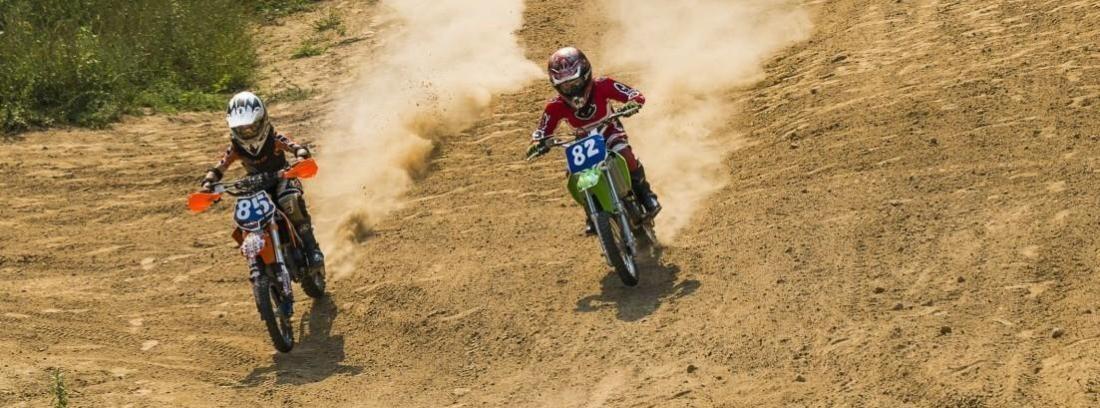 Moto compitiendo en el Rally Dakar 2018