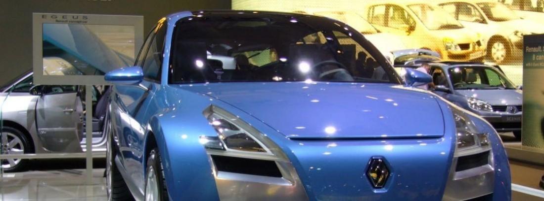 renault megane azul en las pruebas Euro NCAP