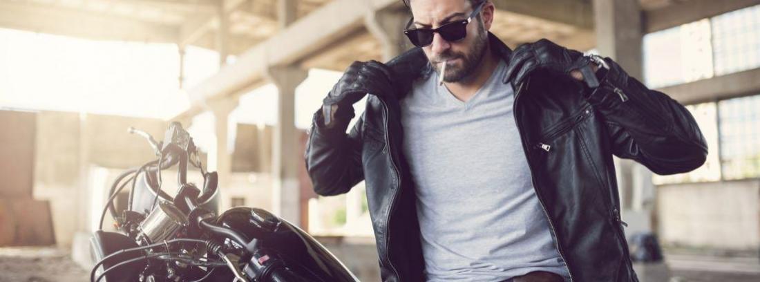 Chaqueta y casco Harley Sportster