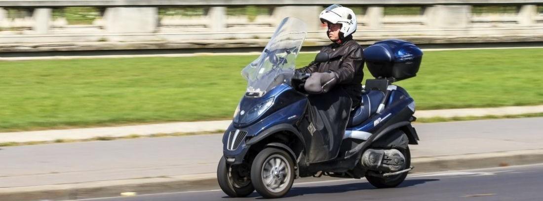 Scooter tres ruedas