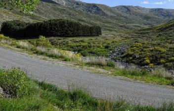 Sierra de Gredos con las montañas al fondo