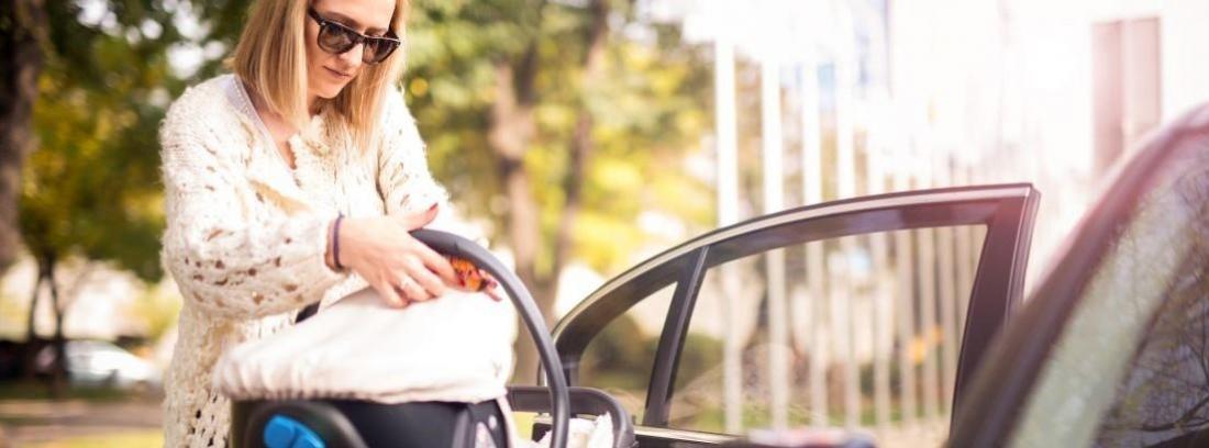 Transportar en coche el carro de tu bebé