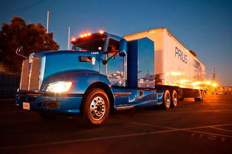 Camión transporte Toyota Prius