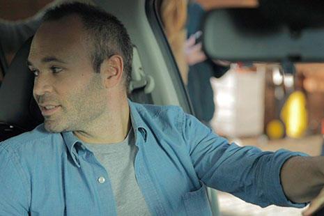 Nissan Leaf Andres Iniesta
