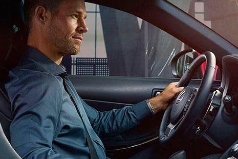 Lexus LF-1 Limitless, el crossover definitivo conductor