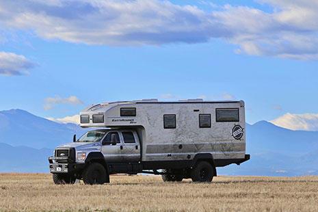 Autocaravana todoterreno EarthRoamer HD 4x4