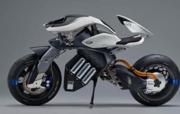 Vista lateral de la MotoroiD de Yamaha