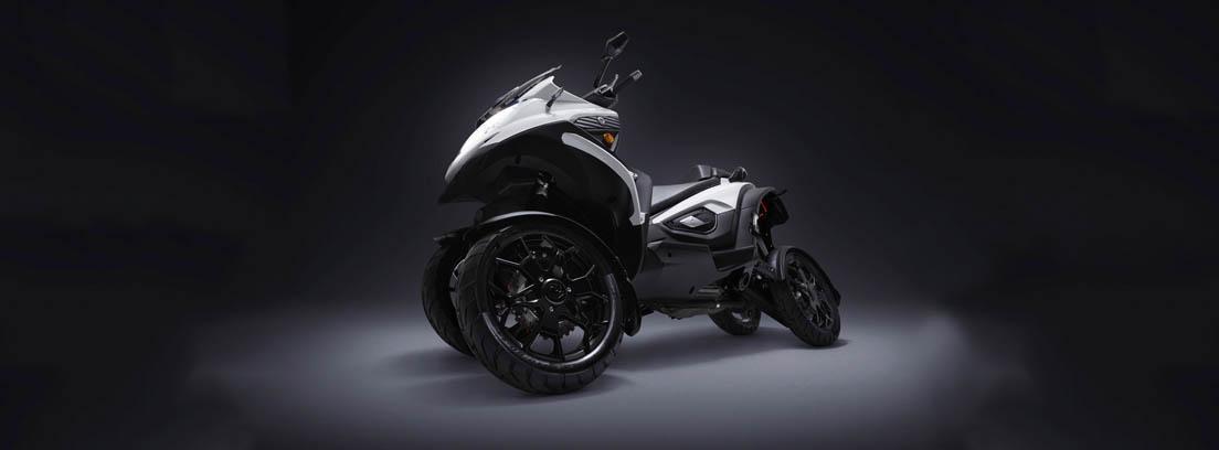 Quadro Qooder una de las motos más originales de cuatro ruedas