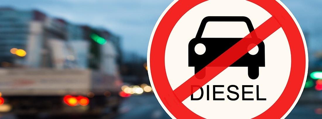 Señal que prohíbe la circulación de coches diésel