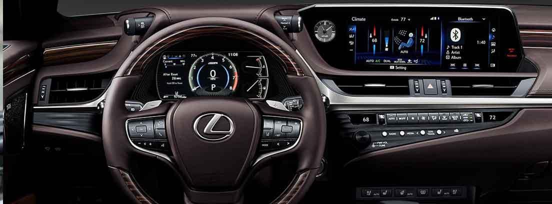 interior del nuevo Lexus ES 300h