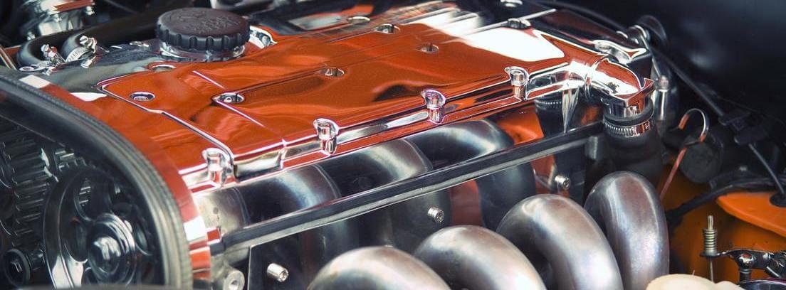 motor del coche limpio
